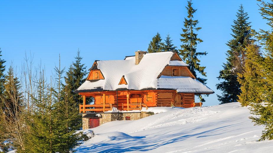 Domek w górach (zdjęcie ilustracyjne)