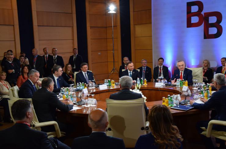 Tirana, Brdo Brioni, Proces, Aleksandar Vučić