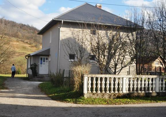 Porodična kuća Aškraba