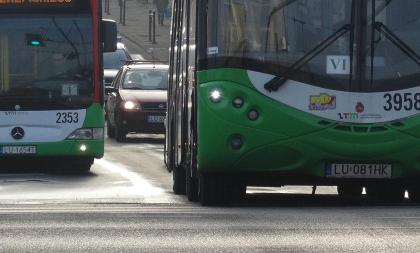 Atak z nożem w jednym z gorzowskich autobusów.