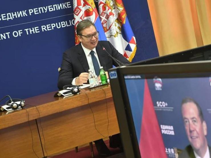 Vučić i Medvedev, razgovor