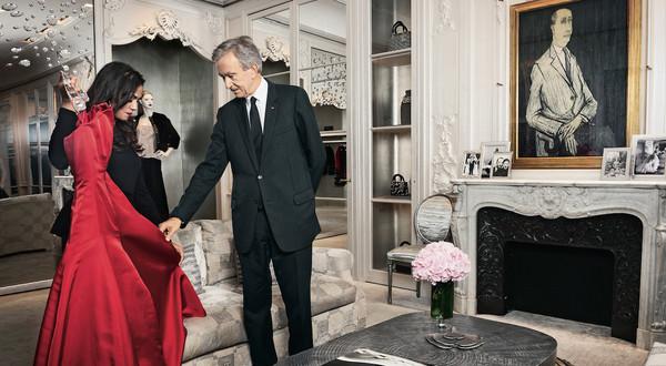 Bernard Arnault - wielbiciel luksusu i sztuki współczesnej na szczycie list najbogatszych.