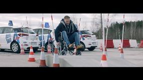 Kampania społeczna Akademii Auto Świat - godzina na wózku