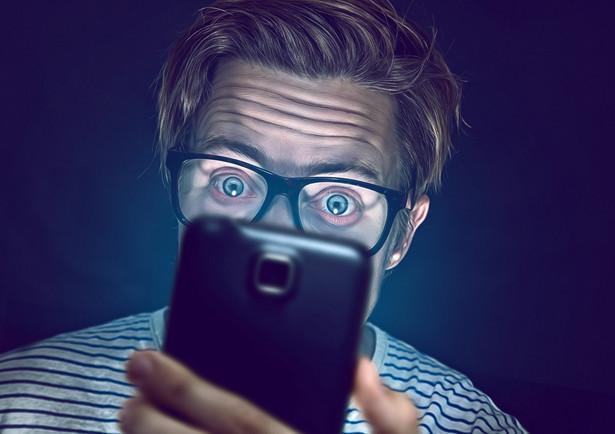 Z aplikacji mobilnych aktywnie korzysta już ponad 9 mln klientów banków