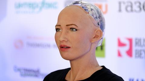 Roboty zastępujące ludzi w pracy to nie pieśń przyszłości - podkreślają naukowcy z MIT