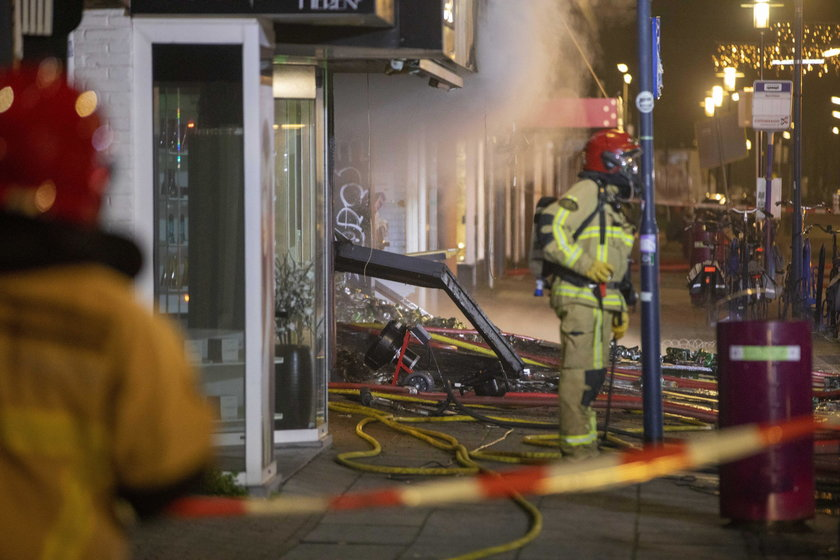 Explosion and fire in Polish supermarket Aalsmeer, homes evacuated