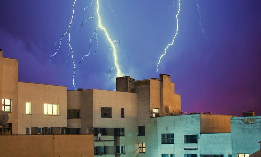 Piorunochron powinien być zainstalowany na każdym budynku.