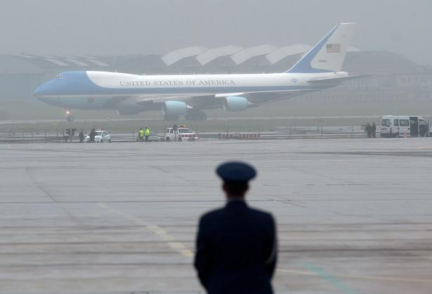 Air Force One z Obamą na pokładzie wylądował w Warszawie PAP/Radek Pietruszka