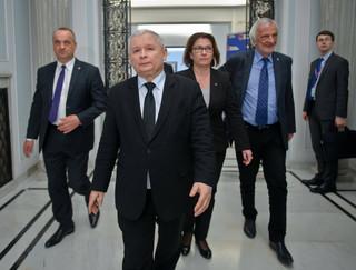 Kryzys parlamentarny: Dopuszczenie do powtórnego głosowania nie sprawiłoby, że rządziłaby mniejszość: rządzi rząd i prezydent, a nie Sejm [KOMENTARZ]