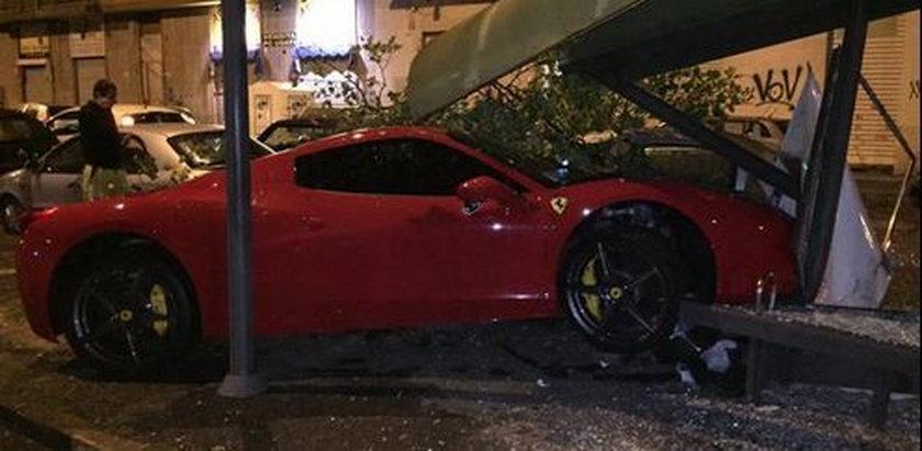 Gwiazdor Juventusu Martin Ceceres rozbił swoje Ferrari po alkoholu!