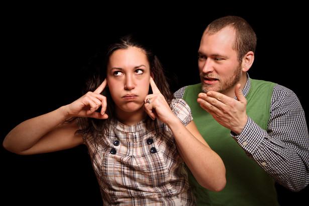Jeżeli rozkład pożycia nie jest zupełny i trwały, sąd nie może orzec rozwodu