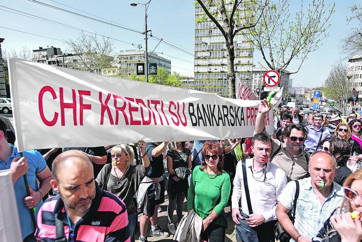 Dug u švajcarcima, protest, banke
