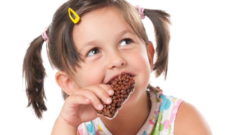 Telewizja dla dzieci bez spotów z żywnością. Branża spożywcza oburzona