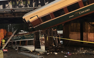 Katastrofa w USA: Wykoleił się pociąg pasażerski, są ofiary