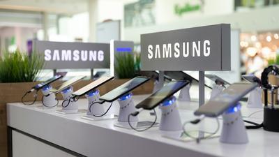 Sprzedaż smartfonów w drugim kwartale wzrosła o rekordowe 19 proc.