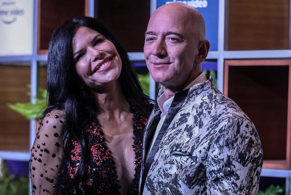 Džef Bezos i njegova ljubavnica Loren Sančes