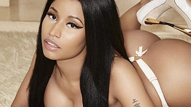 """–Jest ucieleśnieniem i kwintesencją współczesnej kobiecości –mówi o Nicki Minaj słynny projektant Roberto Cavalli, który uczynił raperkę twarzą swej najnowszej kolekcji. Tyle że do zdjęć reklamowych zrobił zeń bardzo eleganckąi całkowicie ubranąkobietę. Nicki zaś szybko wróciła do dawnego wizerunku i w sesji dla magazynu """"The Rolling Stone"""" zaprezentowała sięjuż tylko w seksownej koszulce…"""