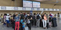 Ponad dobę czekają na odlot samolotu!