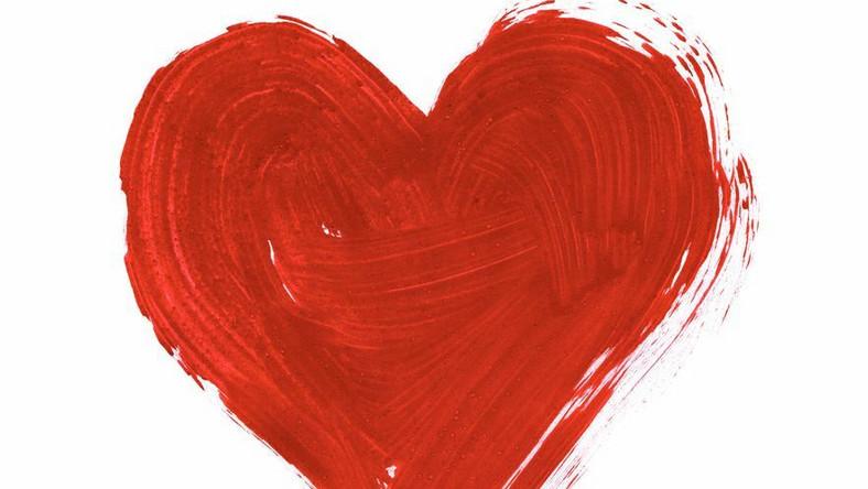 Udane Walentynki czy sztuczna dekoracja miłości?