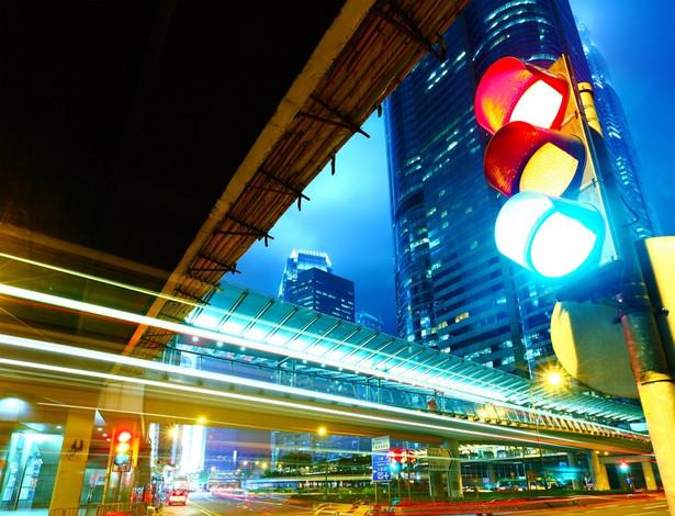 Projekt rozszerza definicję sygnalizacji świetlnej, która ma obejmować również wyświetlacze czasu informujące o tym, ile czasu zostało do zmiany świateł.