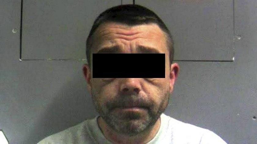 Jego zwłoki znaleziono w Llanelli, w mieście położonym w południowej Walii