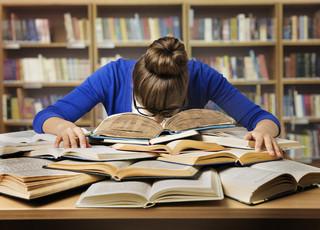 Dłuższe studia to droższe studia? Wiadomo, jak powinny wyglądać opłaty za siedmioletnie zaoczne studia magisterskie