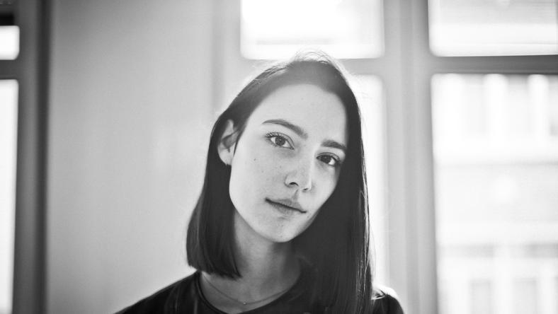 Amelie Lens (fot. Eva Vlonk)