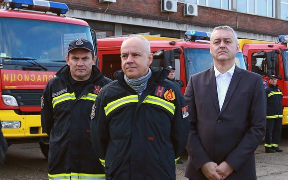 Radojičić u poseti vatrogascima