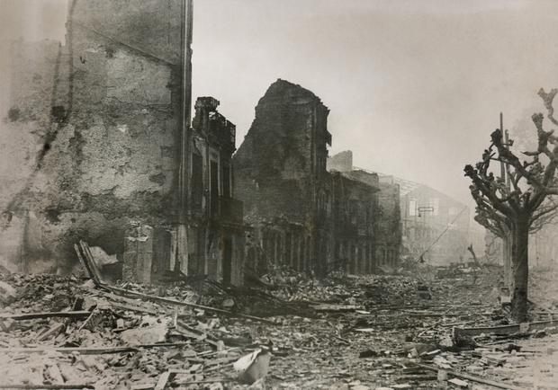Guernika po bombardowaniu