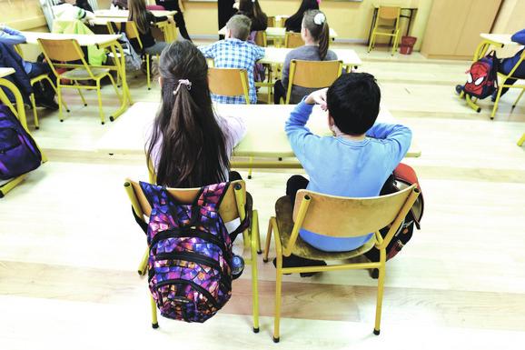 U mnogim zemljama zatvorene škole