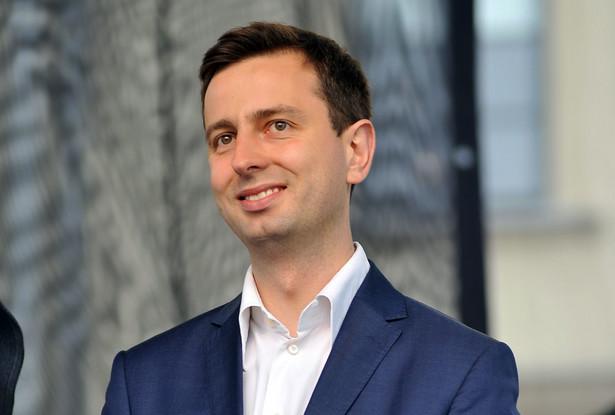 Wkrótce może pojawić się presja płacowa. Jak zwykle, kiedy brakuje ludzi do pracy – nie ukrywa minister Władysław Kosiniak-Kamysz