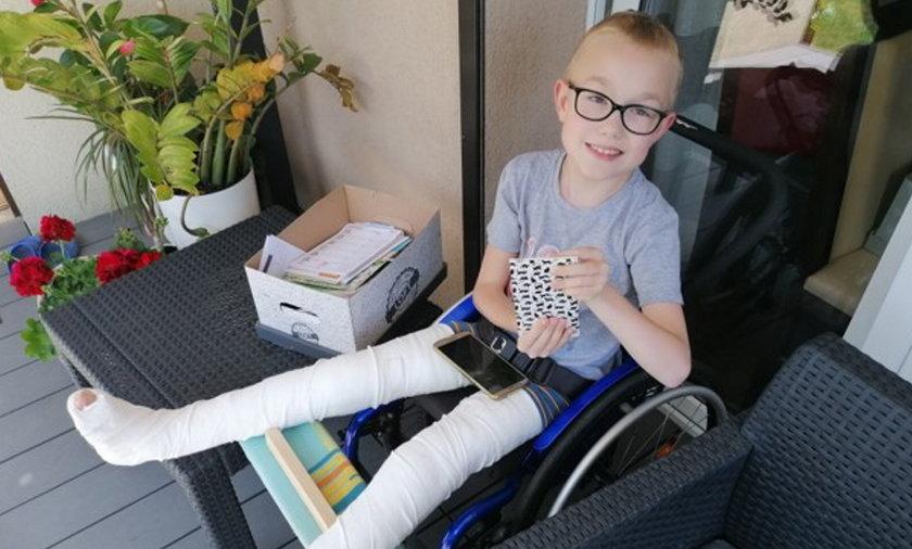 Szczęśliwie dziś Jasio regeneruje się po operacji.