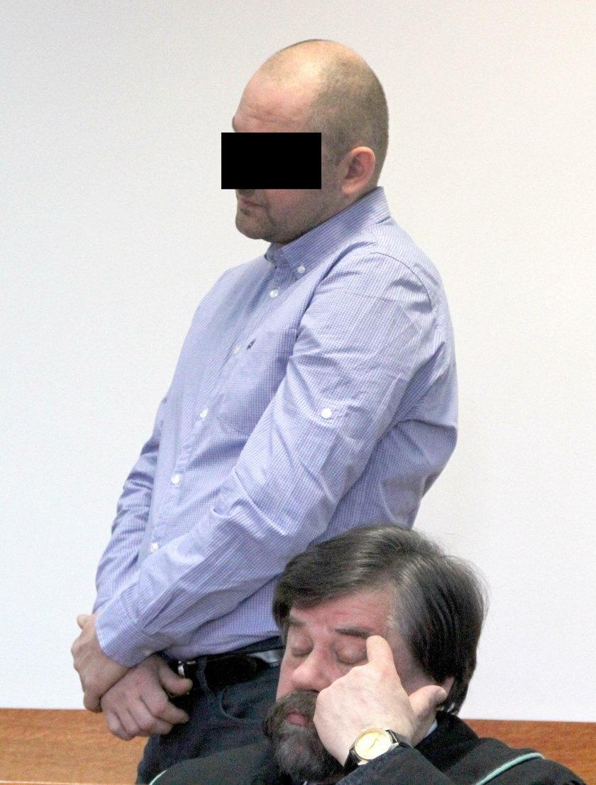 Pedofil umawiał się z 14–latką
