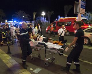 Francja: Zamachowiec 12 i 13 lipca jechał ciężarówką sprawdzając trasę
