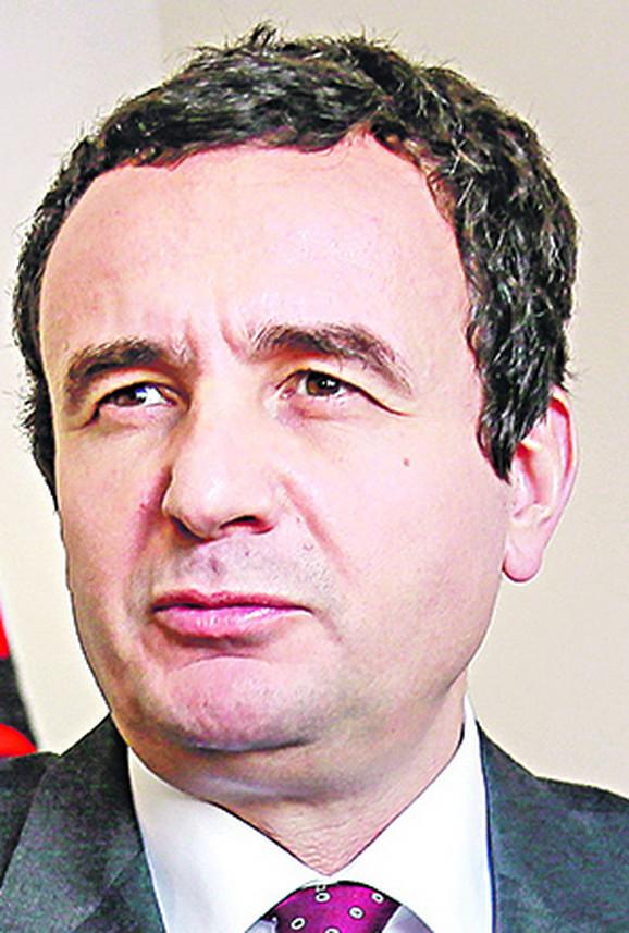 Vlade u Prištini nema posle smene Kurtija, u Beogradu će vlada biti formirana nešto pre septembra, pa je teško očekivati da se brzo postigne sporazum