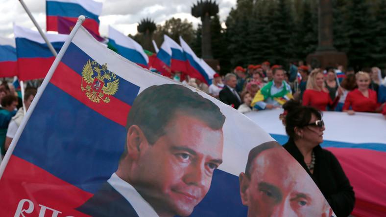 """Miedwiediew grozi Europie sankcjami. """"Odpowiedź będzie dotkliwa"""""""