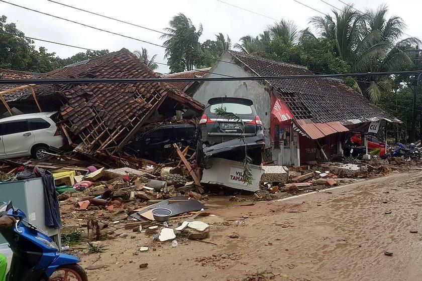 tsunami, Sunda, Indonezja