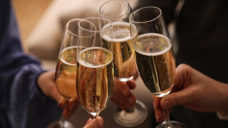 Wino musujące czy szampan?