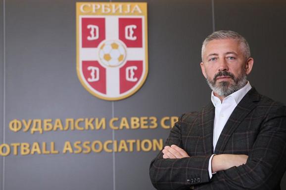 """""""TOLE I LAKOVIĆ SU ZADUŽILI SRPSKI FUDBAL!"""" Slaviša Kokeza o PRIVATIZACIJI klubova u Srbiji, a OVO je apsolutni prioritet naše kuće fudbala!"""