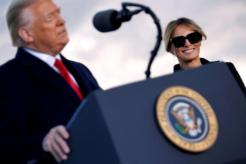"""Chmury nad małżeństwem Trumpów. Ekspert mówi o """"ostatnim akcie Melanii, jako żony Donalda"""""""