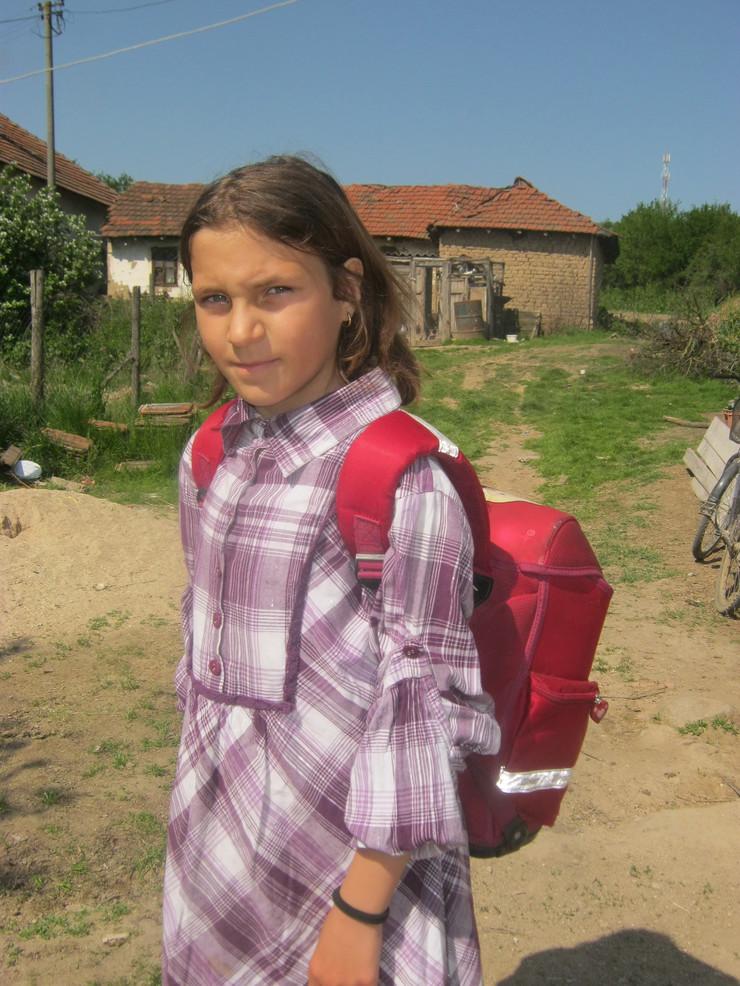 Sara Stojanović, devojčica, ras r. irić