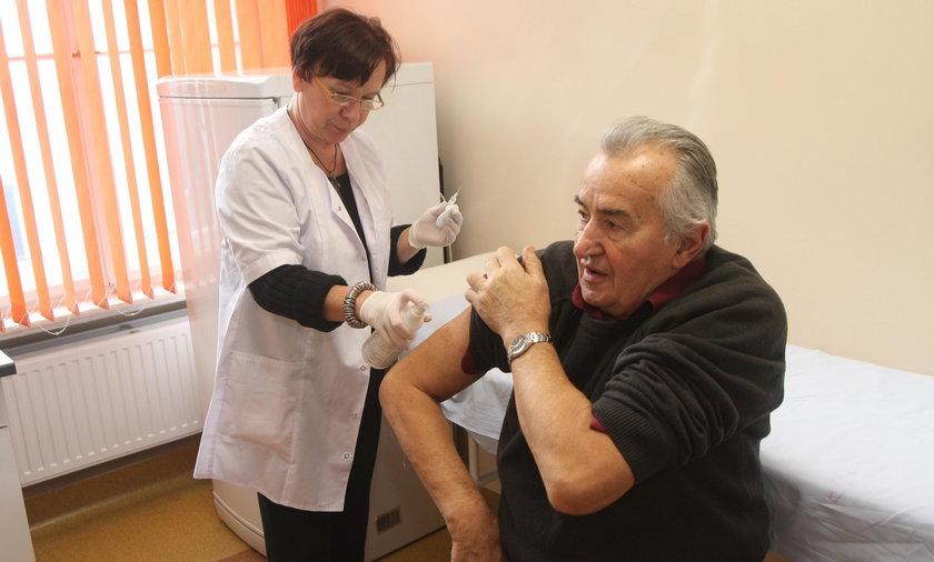 Miasto po raz kolejny uruchomi program bezpłatnych szczepień przeciwko grypie dla seniorów.