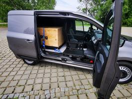 Nowe Renault Kangoo Van - dostawczak bez słupka, ale z sensem