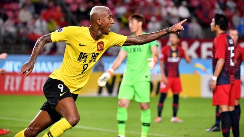 Talisca celebrates his crucial away goal that took Guangzhou Evergrande into the semi-finals