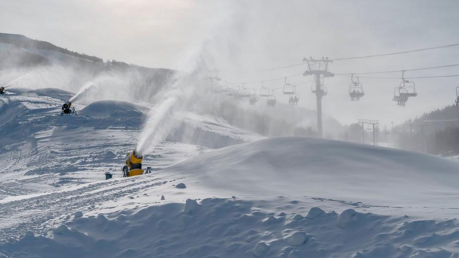 Armatka śnieżna (Zdjęcie ilustracyjne)