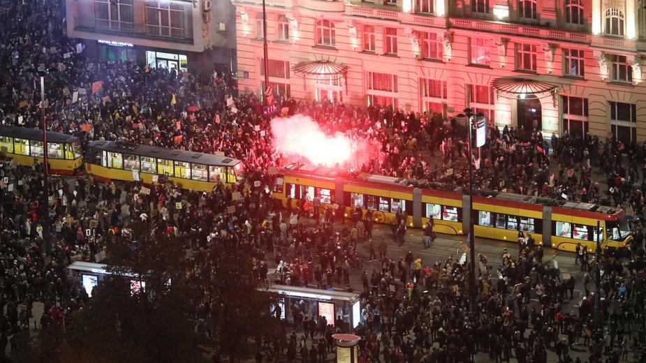 Protesty w Warszawie przeciwko zaostrzeniu prawa aborcyjnego