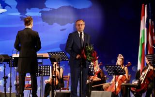 Paweł Borys laureatem Nagrody 30-lecia Forum Ekonomicznego
