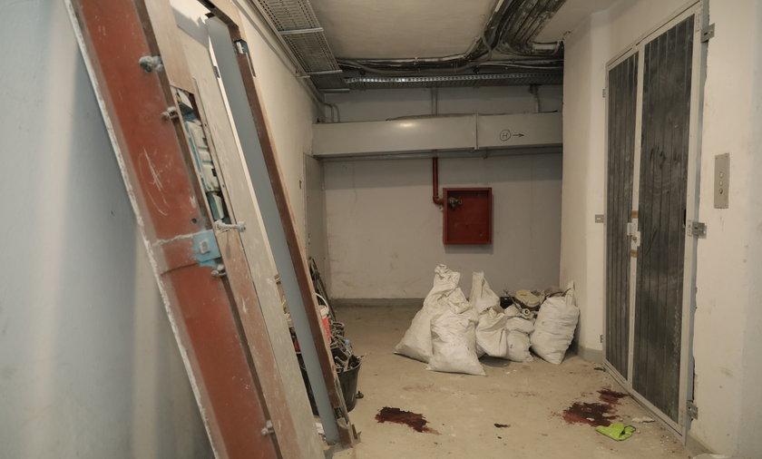 Koszmarny wypadek w Łodzi. Mężczyźni wpadli do szybu windy.