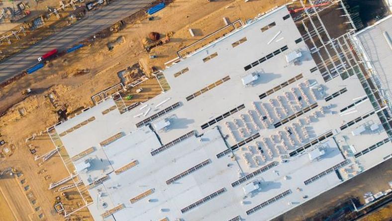 Nowa fabryka samochodów Grupy PSA już pod dachem