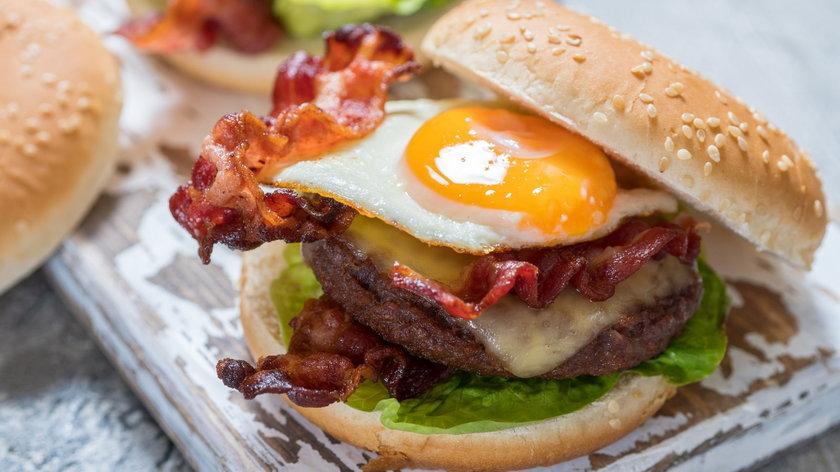 Domowe burgery: wybierasz warzywny czy mięsny?